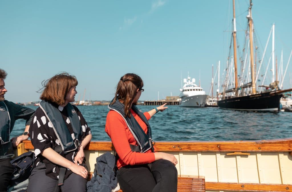 Heritage Boat Tours, spot boats in the harbour