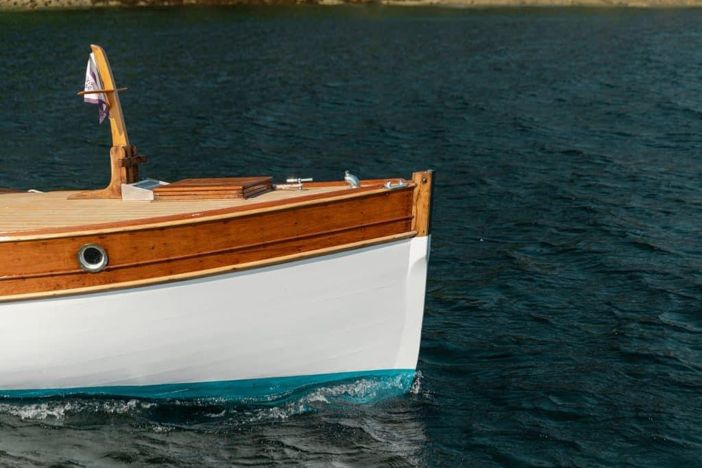 Heritage Boat Tours, Jonik
